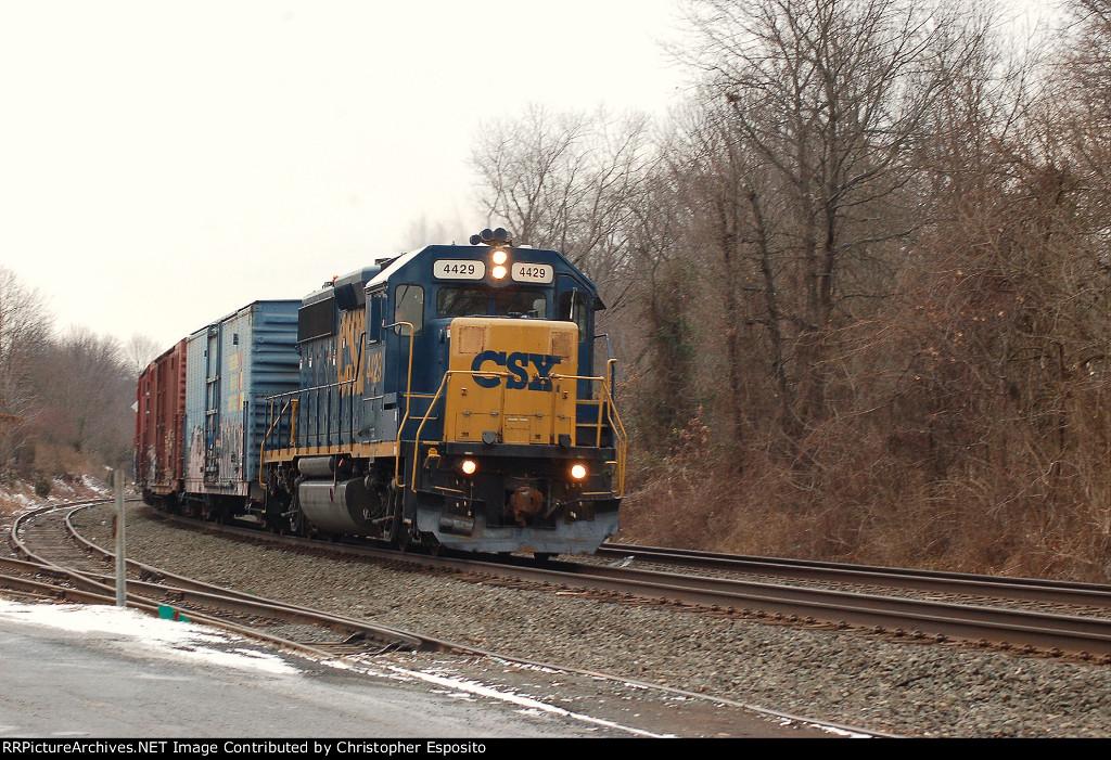 CSX GP40-2 4429 leads MA1