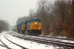 CSX ES40DC 5404 leads an eastbound
