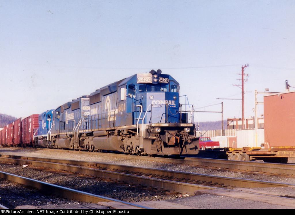 Conrail SD40-2 6424