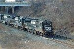 NS B32-8 3561 & 3526