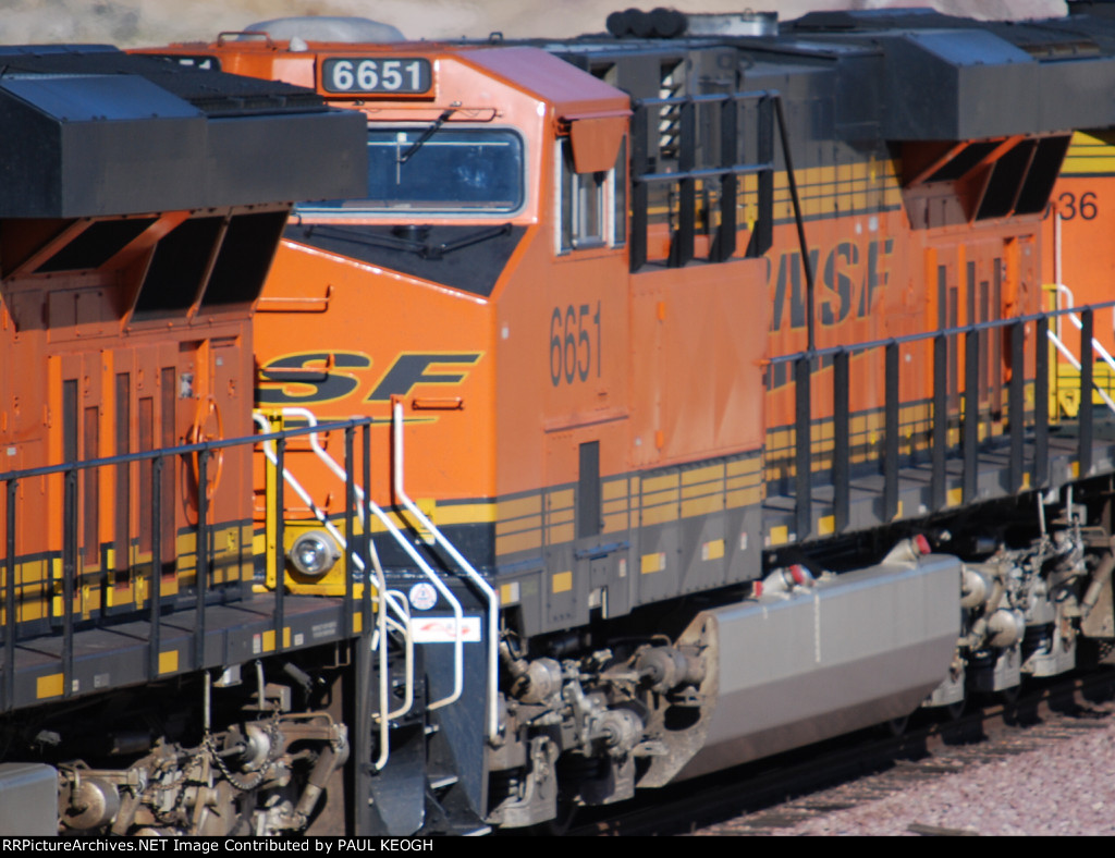 BNSF 6651  passes me by in this zoom in shot as she rolls eastbound with a Z-Train.