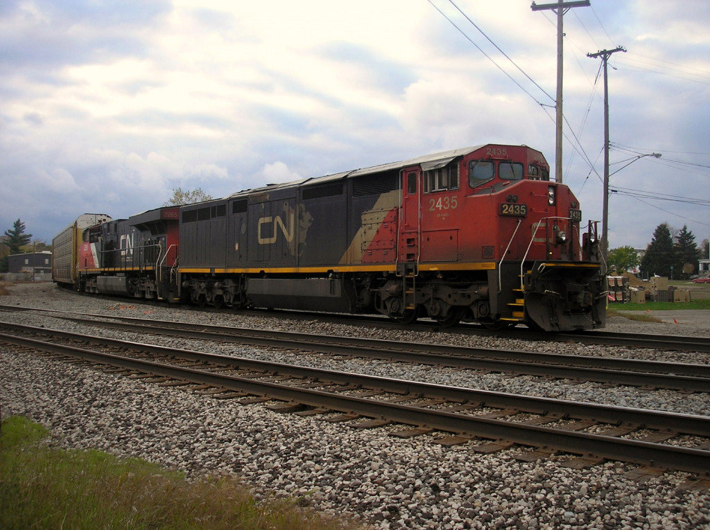 """CN 502 sits dead on Port Huron wye. When I say the term """"Dead"""" I mean the crew has timed out."""