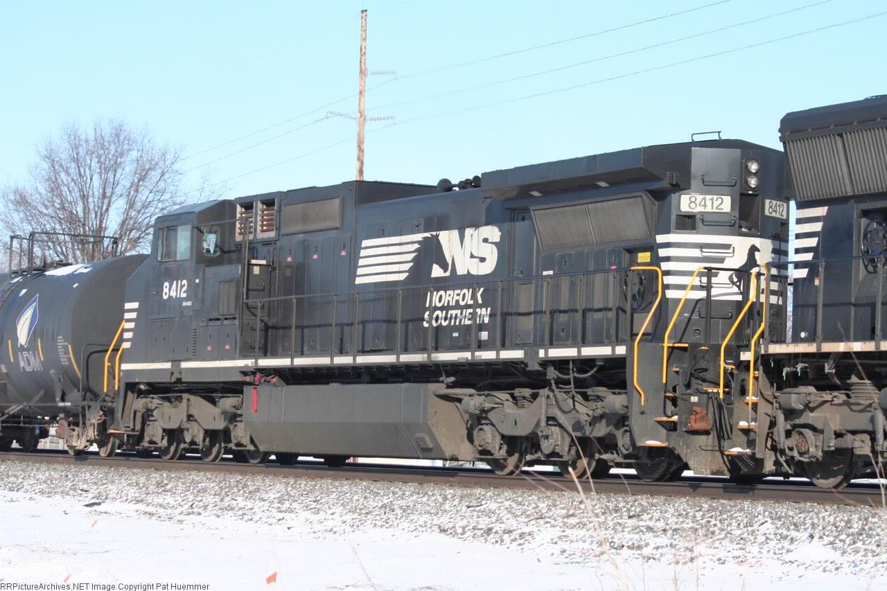 NS 8412