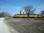 UP 1068 westbound UP manifest train