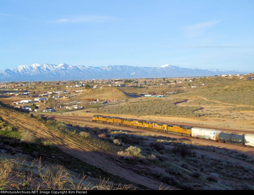 """UP SD9043MAC Leading Manifest at the Frost """"Flyover"""""""