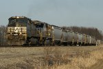 NS 9050 on Westbound L7M