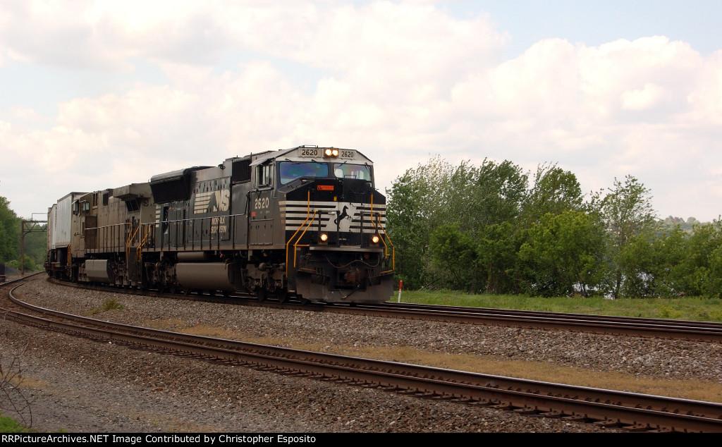 NS SD70M 2620