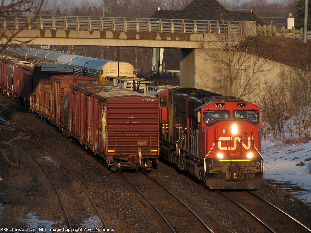 CN 435 at Woodstock.