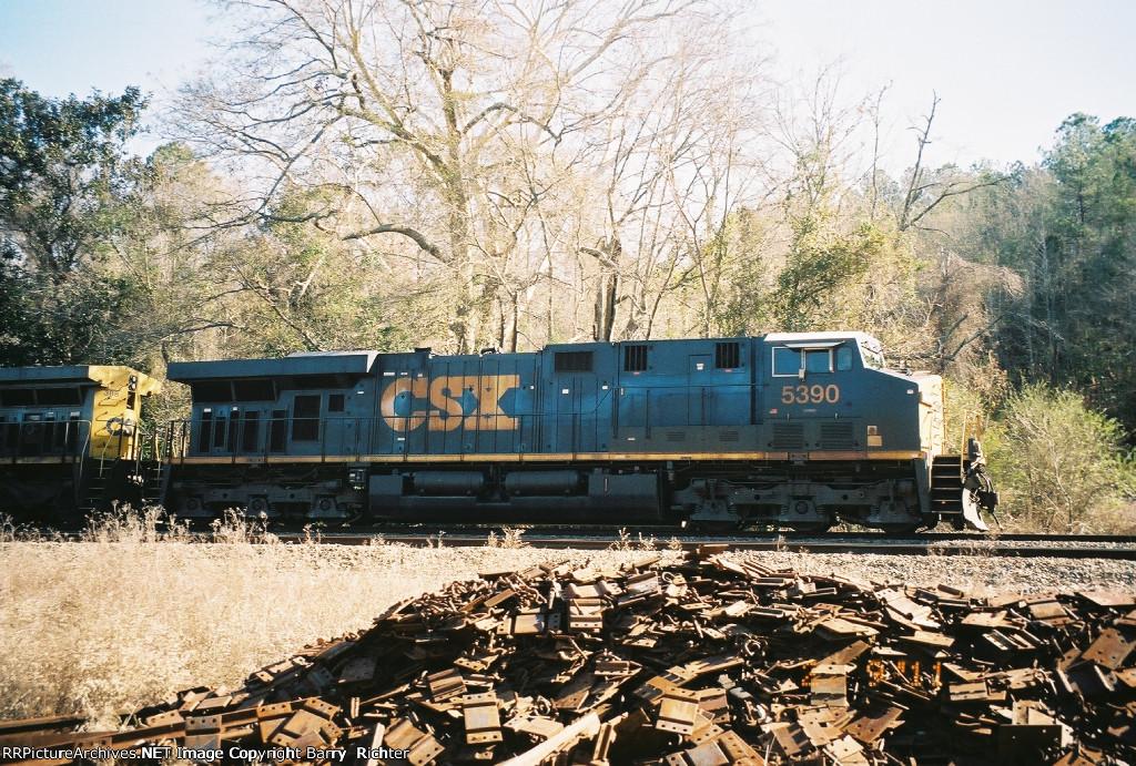 CSX ES44DC 5390