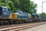 CSX ES40DC's 5303 and 5271 on Q418-21
