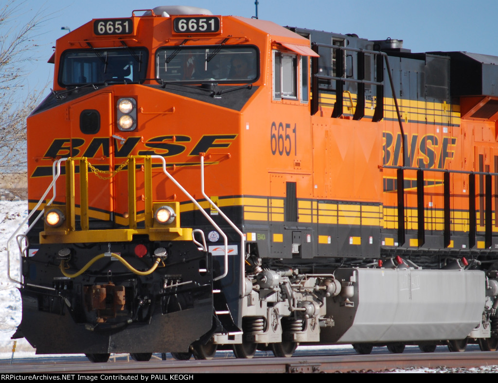 BNSF 6651 Leads a westbound Z-Train on the 37th Anniversary of JFK's Death in Dallas, Tx.