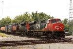 CN 2256, northbound CN train M33571-12