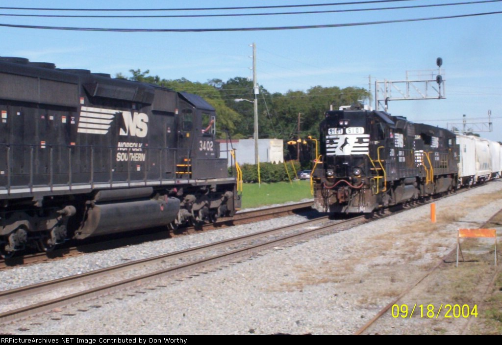 NS 3402 meets NS 5101 (McIntyre local switcher)