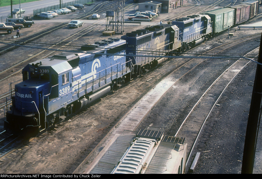 CR GP40-2 3389