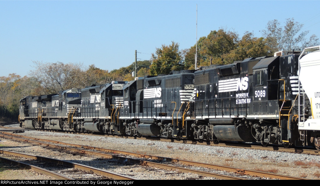 Nice consist on this mixed freight train