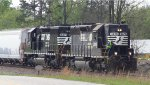 NS 3226 / 3371 a pair of SD40-2's