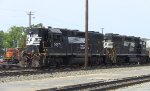 "NS 5071 ""High-Hood"" & 5567 GP38-2 & HLCX 7843 SD40-2"