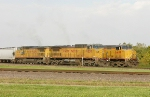 UP 6489 and 9557