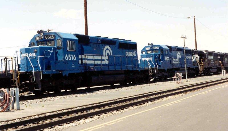 Conrail SD40-2s