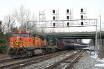 K055 empty oil train westbound with a BNSF Dash-9 leader