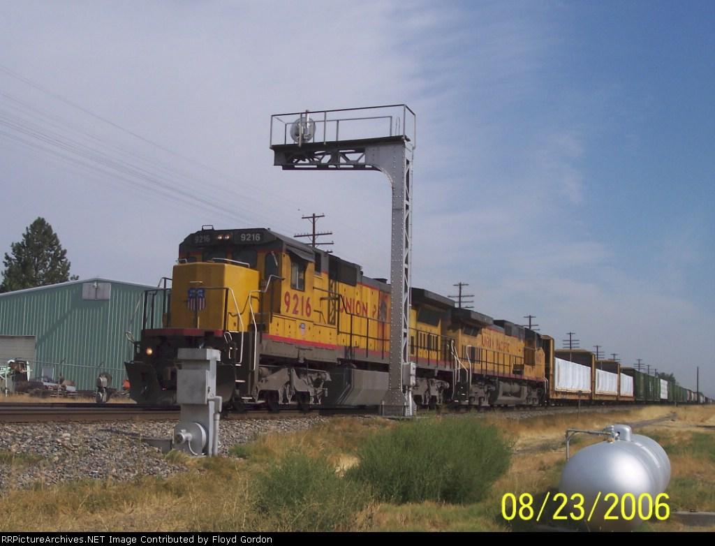UP 9216 C40-8