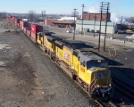 UP 3909 leads doublestack train westbound