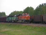 BNSF 5925 East/Grand Rapids Turn Mix