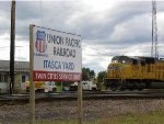 UP 4278 and Itasca Yard Sign