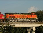 BNSF 4039 East over the Mississippi