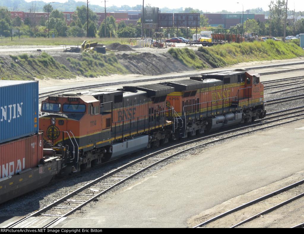 BNSF 4305 East