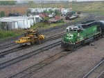 BNSF 6332 Switch Job meets MOW equipment