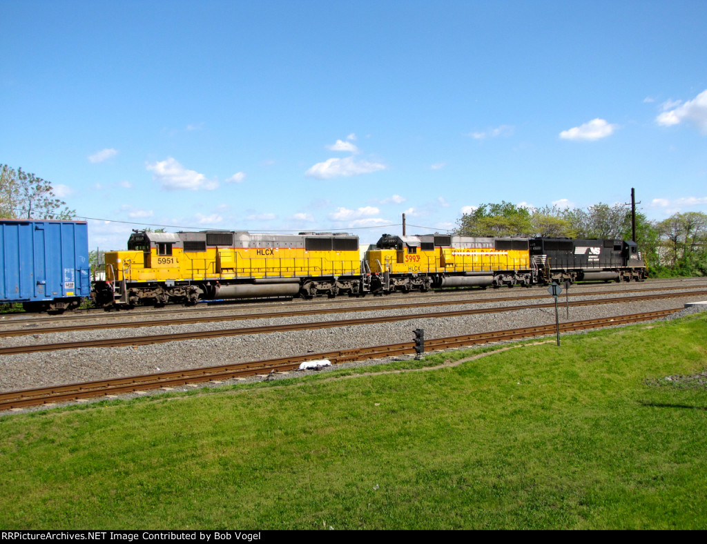 HLCX 5951 and 5993