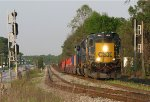 CSX SD40-3 4004 leading Q141 past SE Red Oak