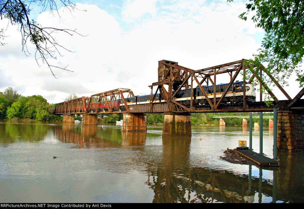 NS 956 crosses over the Savannah River into Augusta!