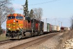Eastbound BNSF Freight with random CN and NS Helper Units