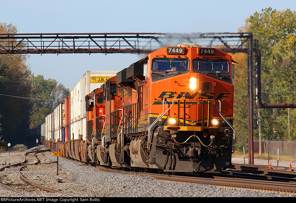 BNSF 7449