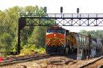 BNSF 9-44CW 5527
