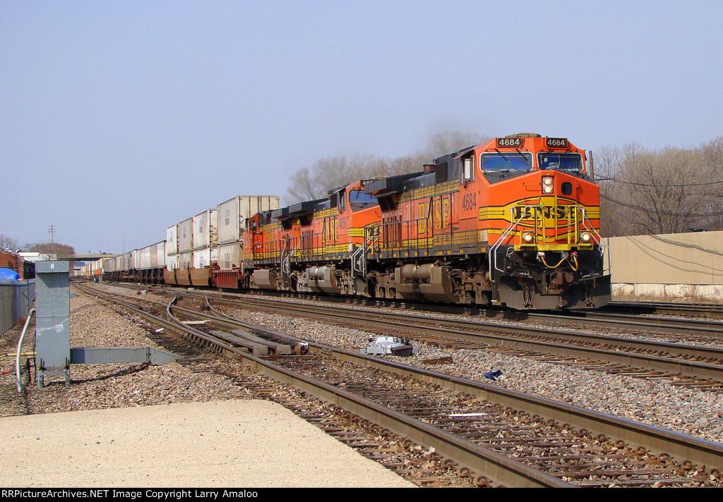 BNSF 4684