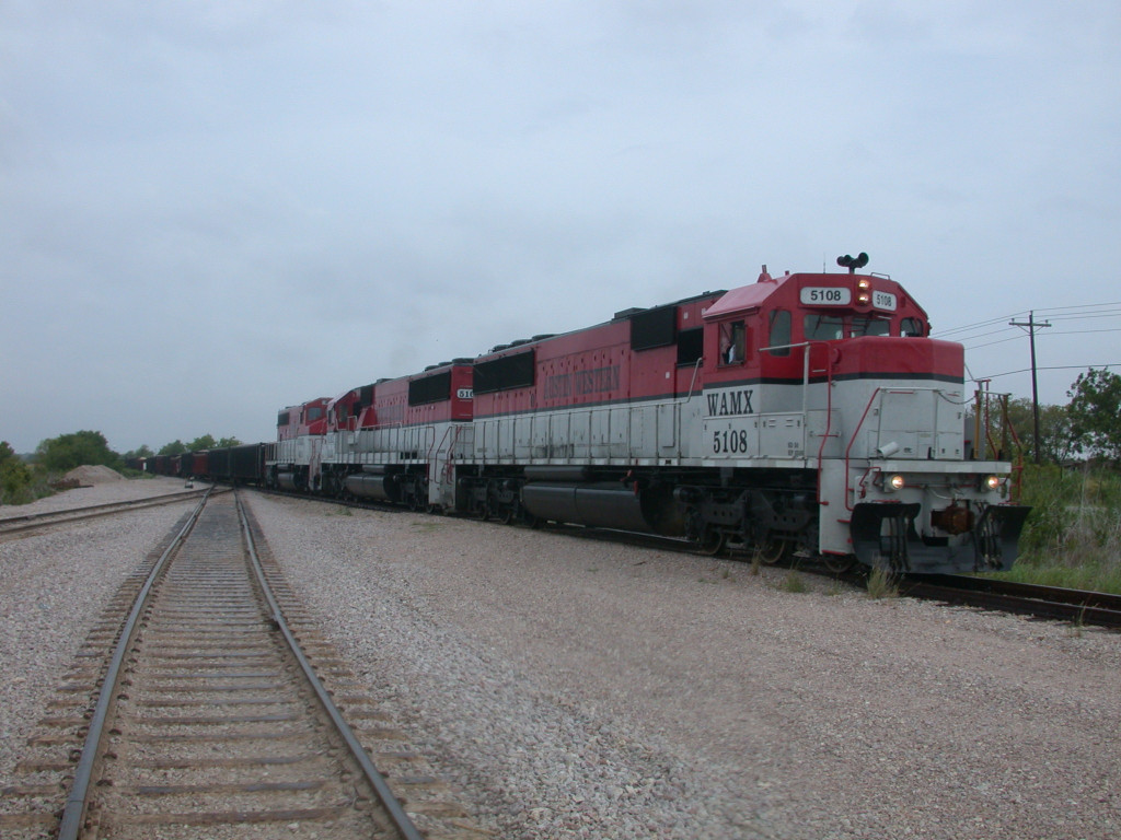 WAMX 5108  12Aug2008  with WAMX 5103 and WAMX 4014 EB at the west end of Iron Horse Asphalt with aggregate