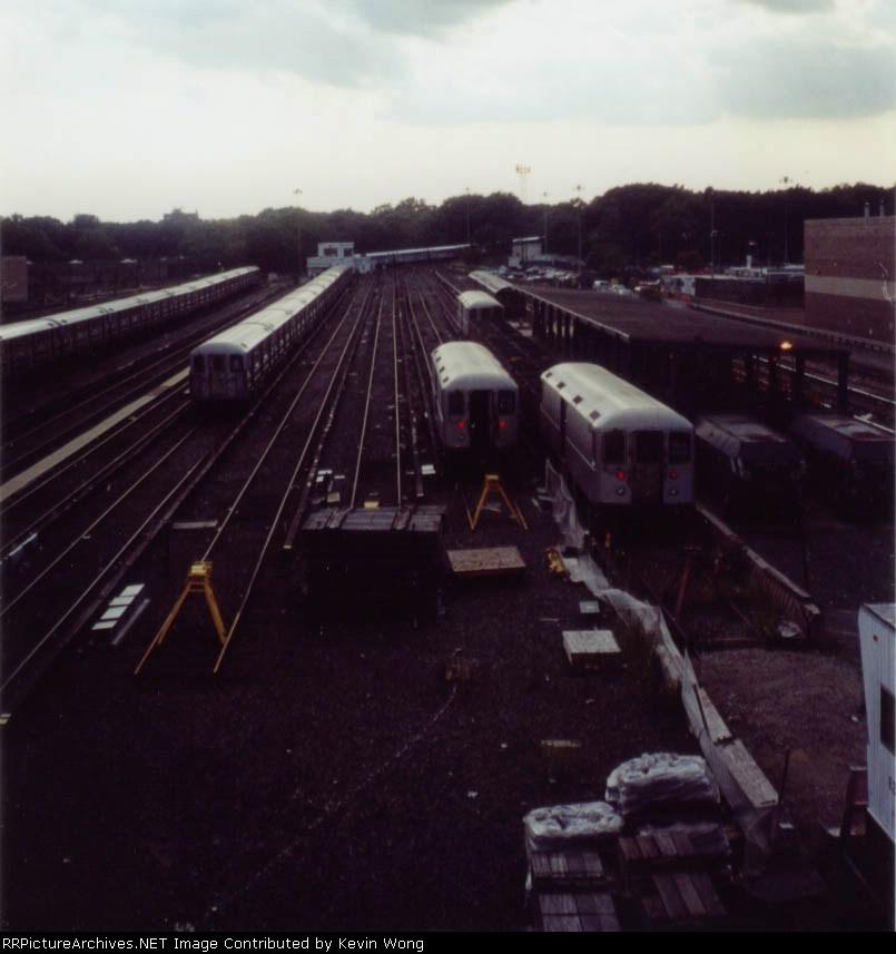 Corona Yard, 2004