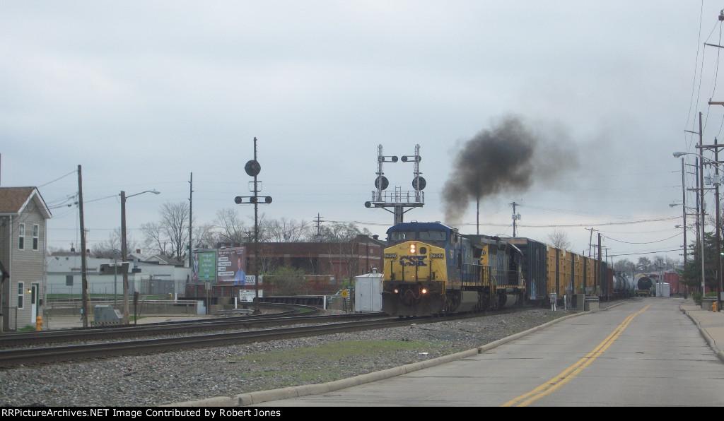 CSX 7907 blowing some smoke