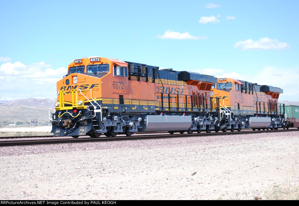 Two Very, Very Brand New ES44C4's pull a Hot Z-Train westbound on their First Revenue Run!!! (Don't Get Bettter than THIS!!!). BNSF 6672 and BNSF 6673.