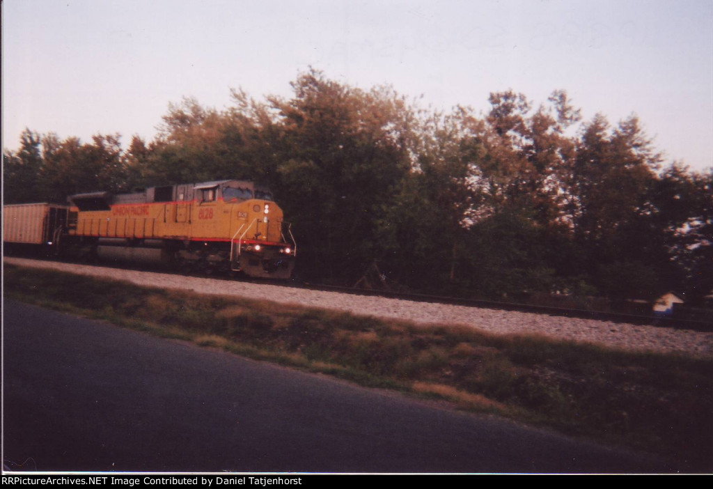 UP SD90/43MAC 8128