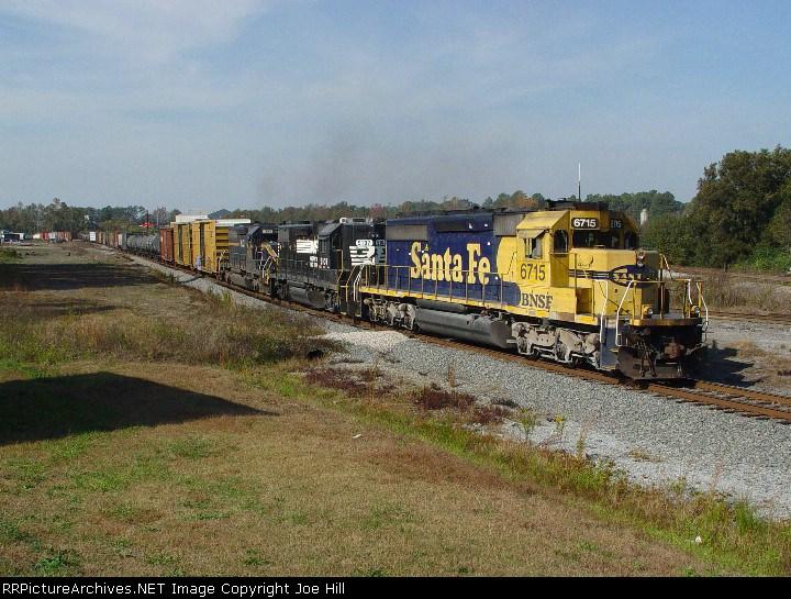 BNSF 6715 (Q685-08)