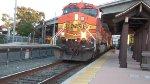 BNSF 4559 arrives