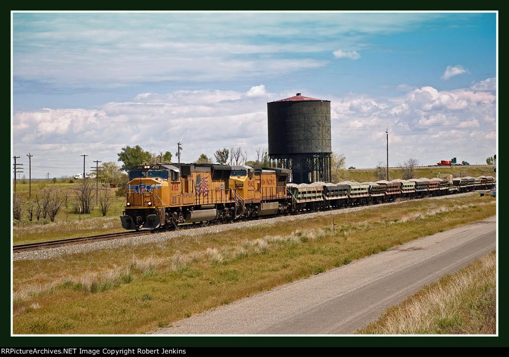 Westbound UP Ballast Train at Bliss, Idaho