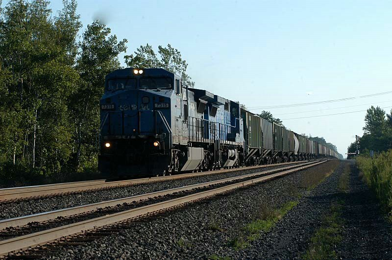 its dark but its a conrail unit on home territory