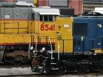 GTLX 8541 & CSXT 1602