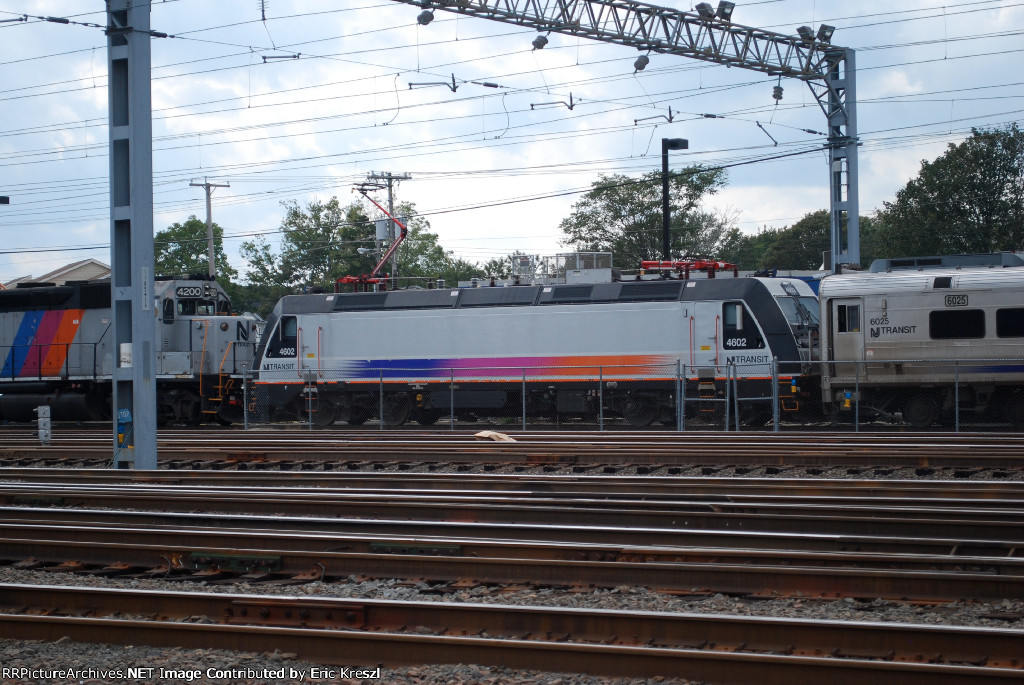 NJT 4602 Assigned to Yard