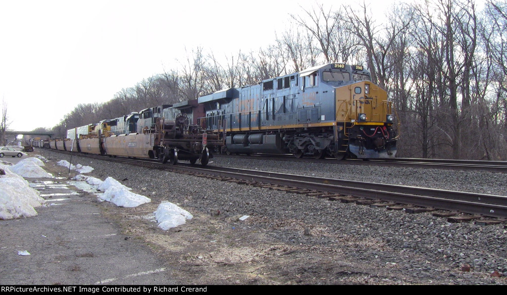 CSX Q410 on the Siding
